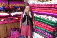 Local-cheber_handmade-blankets-compressed
